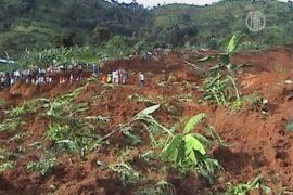 Оползень накрыл три деревни в Уганде