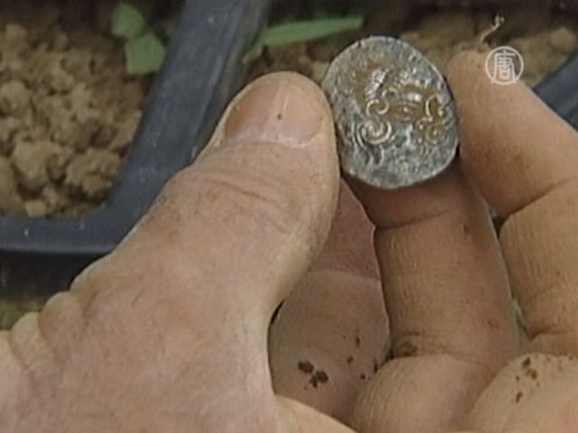 Клад, спрятанный от Цезаря, нашли на ферме