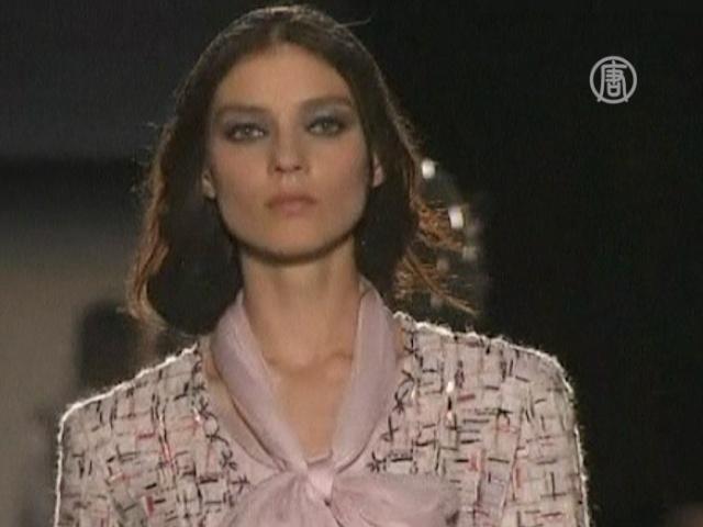Новая осенне-зимняя коллекция Chanel пахнет весной