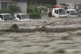 Мощное наводнение в Японии, на очереди торнадо