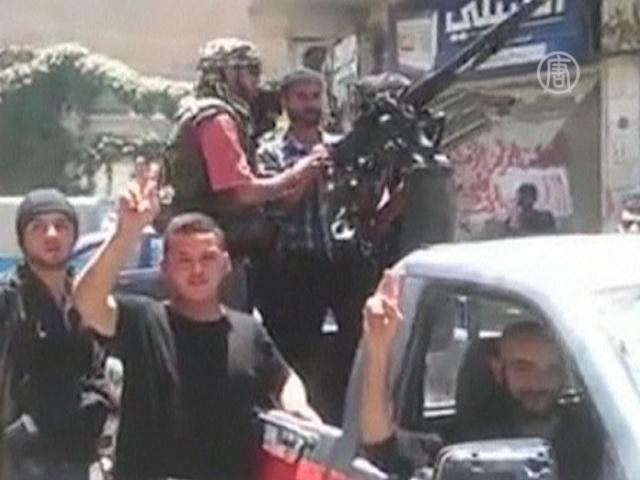 Сирийские повстанцы обещают добраться до Асада
