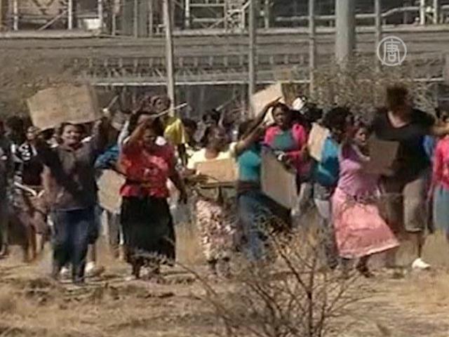 Несмотря на расстрел, шахтеры всё ещё протестуют