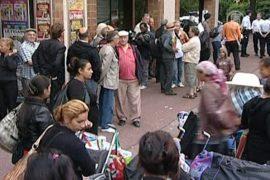 Франция продолжает рушить цыганские лагеря