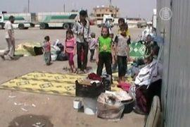 Сирийских беженцев временно не пускают в Турцию