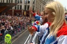 Лондонцы приветствуют британских спортсменов