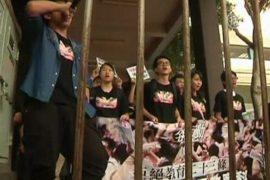 Гонконгцы протестуют в день образования КНР
