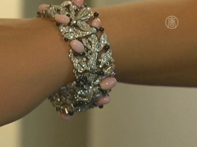 Браслет испанской королевы выставят на аукционе