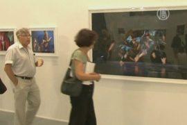 Барышников показал застывший танец на фото