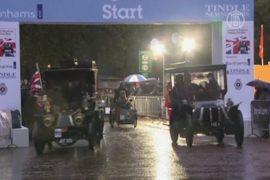 Ретро-авто прошли испытание дождём и градом