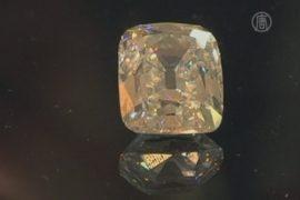 Огромный бриллиант продан за рекордную сумму
