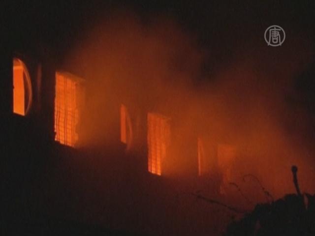 Пожар на фабрике в Бангладеш: более 100 погибших