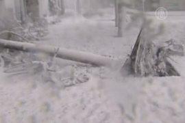 На Хоккайдо обрушился снегопад с грозами