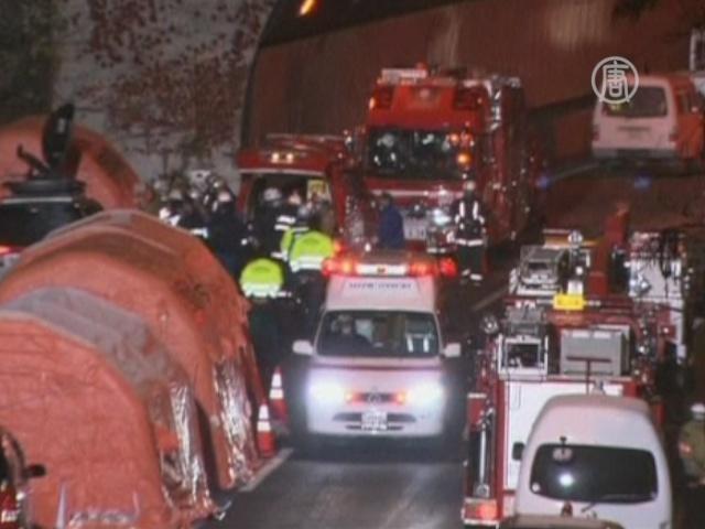 Обрушение тоннеля в Японии: погибших уже 9