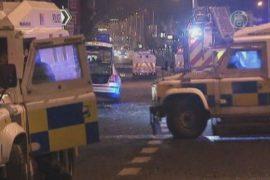 Беспорядки в Белфасте: полицейский чуть не погиб