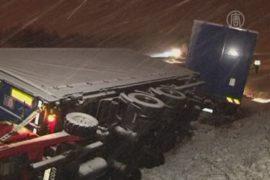 Снегопады вызвали транспортный хаос в Германии