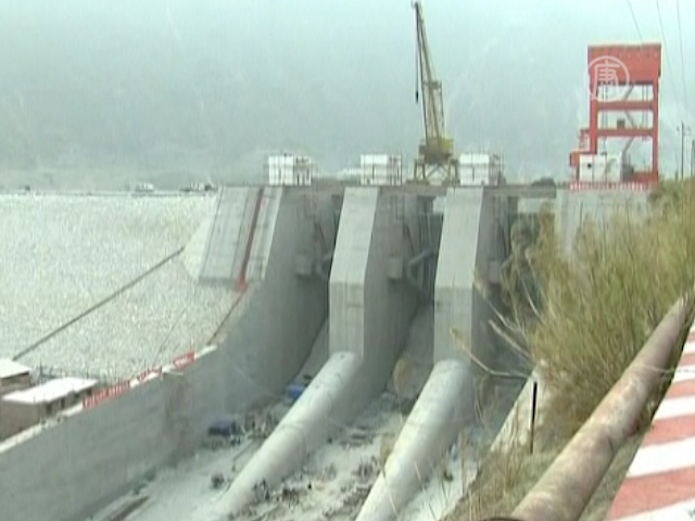 Землетрясение 2008 года в Сычуань вызвала ГЭС?