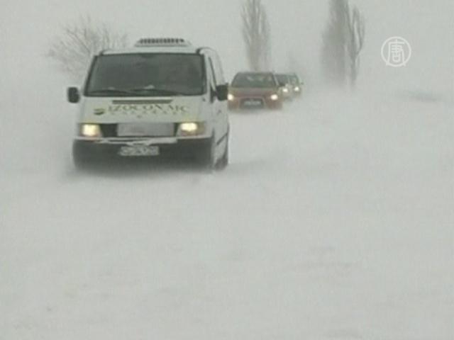 Румынию и Болгарию накрыло снежными метелями