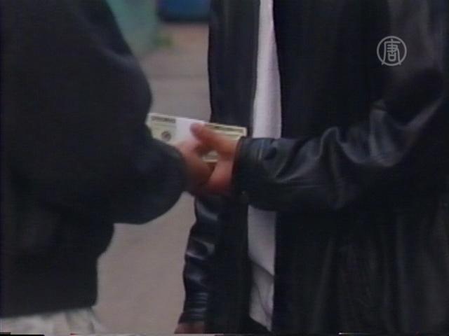 КНР: дающие взятку выше $1600 пойдут под суд
