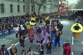 Новогодний парад украсил улицы Лондона