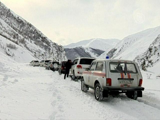В Северной Осетии борются со снежными лавинами