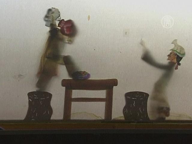 Театр теней набирает карликов со всего Китая