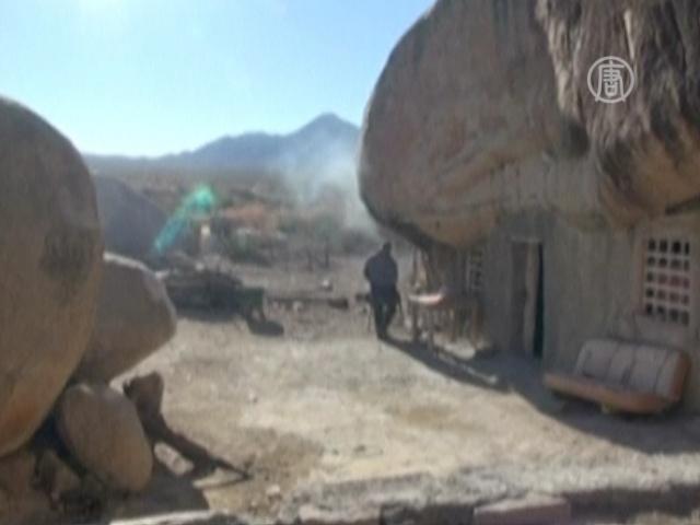 Мексиканская семья 30 лет живёт в доме-пещере
