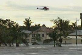 Австралийцев эвакуируют вертолетами