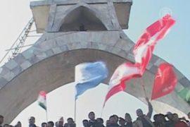 Тысячи протестуют против маоистов Непала