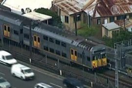 В Сиднее встали электрички, автобусов не хватает
