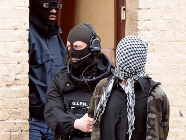 Под Парижем арестовали предполагаемых исламистов