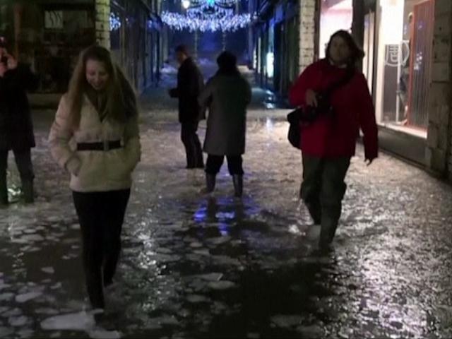 Венецию затопило ледяной водой
