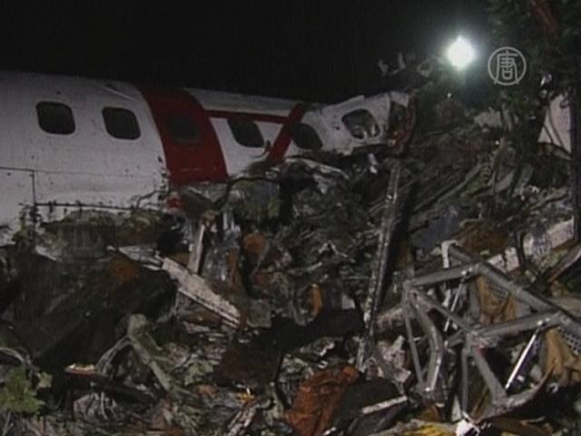 При крушении самолета в Конго есть выжившие