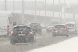 Бельгию и Францию накрыл небывалый снегопад