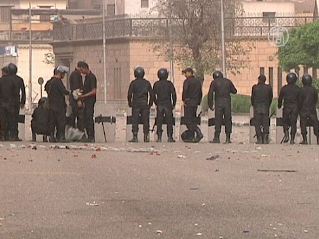 После стычек в Каире усилены наряды полиции