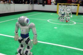 В Тегеране соревнуются роботы-футболисты