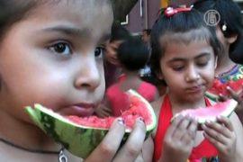 Дети нарядились арбузами ради здоровья