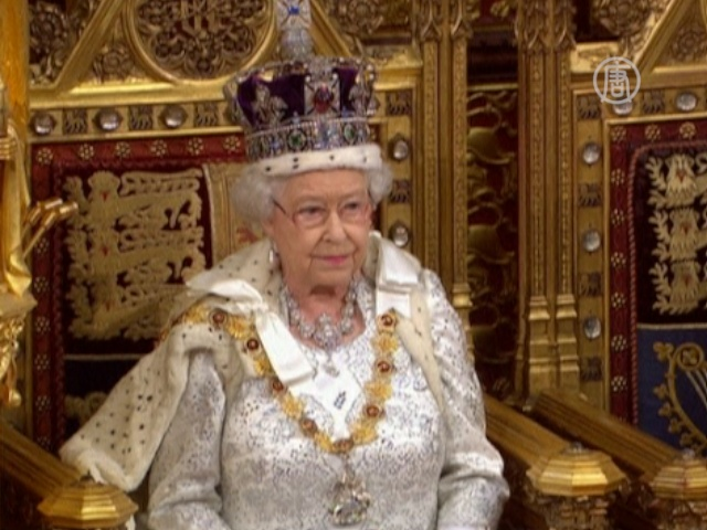 Королева Британии говорит о миграции