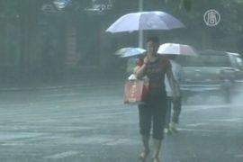 Юго-запад Китая заливает дождями