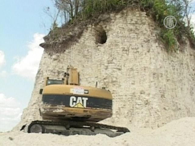 Древнюю пирамиду майя уничтожили ради щебня
