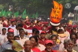 Жителей Шри-Ланки «задавили» ценами