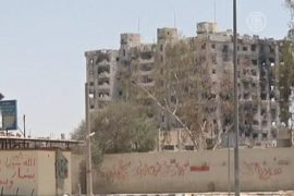Палестинские беженцы покидают свои дома в Сирии