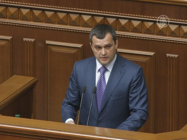 Оппозиция требует отставки главы МВД