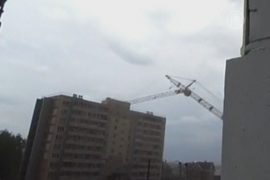 В Кирове кран рухнул на девятиэтажку
