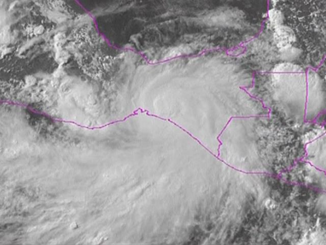 Ураган «Барбара» угрожает мексиканцам