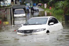 На востоке Китая улицы превратились в реки
