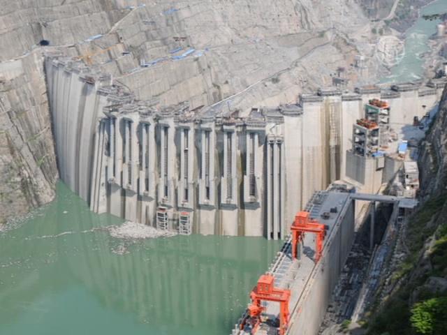 В Китае строят еще 50 крупных ГЭС