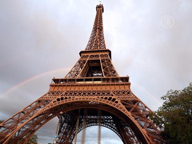 Эйфелева башня зазвучала