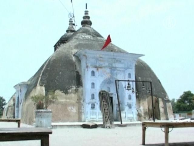 Старинный храм в Индии предсказывает дожди