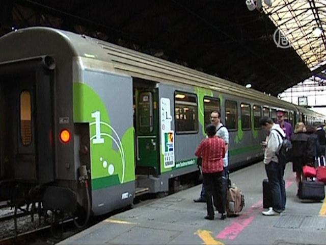 В Греции встали автобусы, во Франции – поезда