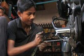 Дети в Индии обеспечивают свои семьи